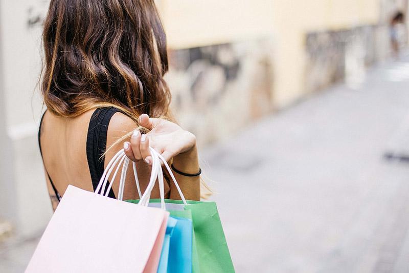 Fare Shopping fa bene